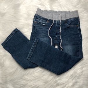 🆕JUST LISTED‼️🆕 Kids Blue Jeans!